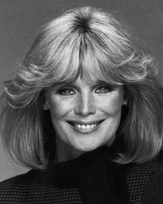 Born Linda Evenstad on Nov. 1942 in Hartford, CT. Linda Evans, Bad Plastic Surgeries, Plastic Surgery, Iconic Women, Famous Women, Hollywood Star Walk, Der Denver Clan, Female Actresses, Black And White