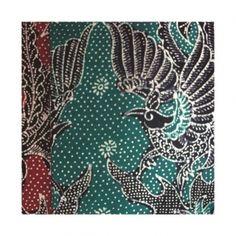 Batik Tulis Cendrawasih Batik motif cendrawasih adalah batik tulis yang sangat cocok Anda. Dengan warna merah dan hijau menyala, membuat Anda yang mengenakannya menjadi terlihat lebih muda. Batik cendrawasih ini merupakan produk yang dibuat oleh tangan-tangan ahli daerah Jetis Sidoarjo. Sehingga membuat batik ini lebih tahan lama dan tidak mudah pudar saat digunakan.