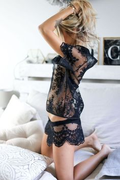 Beautiful Lingerie and Nightwear Ideas 2018 Belle Lingerie, Lingerie Xxl, Pretty Lingerie, Luxury Lingerie, Beautiful Lingerie, Lingerie Sleepwear, Nightwear, Women Lingerie, Style Baby