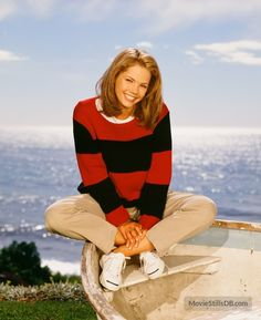 A gallery of Sunset Beach publicity stills and other photos. Featuring Susan Ward, Laura Harring, Clive Robertson, Hank Cheyne and others. Beautiful Models, Freckles, Sunset Beach, Tv, Spelling, Photos, Fashion, Moda, Pictures