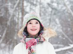 As we head into November, we found this article on preparing for a winter storm with kids to be helpful. Winter Hacks, Winter Tips, Storm Photography, New York Winter, Natural Parenting, Winter Storm, Disaster Preparedness, Extreme Weather, Natural Disasters