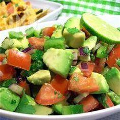 Avocado's zitten niet alleen boordevol goede voedingsstoffen, dankzij hun veelzijdigheid bieden ze ook eindeloos veel variatie in de keuken. Laat je inspireren door deze vindingrijke recepten!