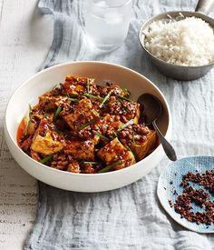 Australian Gourmet Traveller recipe for ma po doufu. Tofu Recipes, Asian Recipes, Ethnic Recipes, Chinese Recipes, Drink Recipes, Vegetarian Recipes, Dinner Recipes, Tofu Dishes, Gourmet
