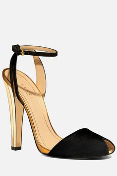 Gucci - Women's Shoes - 2012 Spring-Summer #dental #poker