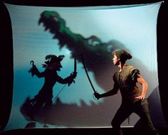 Digging the Croc bei - Digging the Croc being a shadow puppet. credit: the Childrens Theatre Company from Minneapolis USA Italian shadow puppet artist Fabrizio Montecchi and Scotlands own Visible Fictions. Peter Pan Play, Peter Pan Jr, Set Design Theatre, Stage Design, Design Set, Shadow Theatre, Theatre Props, Peter Pan Musical, Peter And The Starcatcher