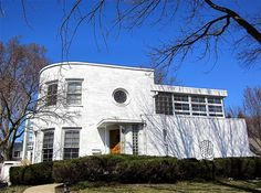 1936 Art Moderne house, Chicago.