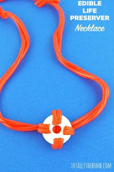 Learn how to make this completely edible life preserver necklace just in time for shark week! Diy Crafts For Home Decor, Vbs Crafts, Easy Crafts For Kids, Easy Diy Crafts, Cute Crafts, Diy Crafts To Sell, Outdoor Activities For Toddlers, Life Preserver, Art Cart