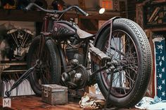 Bobber Inspiration | Vintage Harley bobber | Bobbers and Custom Motorcycles