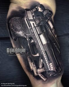 Live is a risk 👊🏻 ____________________ Done with 💉 Gangster Tattoos, Badass Tattoos, Tattoos For Guys, Cool Tattoos, Hand Tattoos, Skull Tattoos, Sleeve Tattoos, Revolver Tattoo, Pistol Tattoos