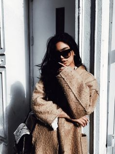 Nude Autumn Attire in Soho NYC — Janice Joostema Janice Joostema 90s Fashion, Fashion Beauty, Fashion Outfits, Fashion Mode, Fall Winter Outfits, Winter Fashion, Nude Outfits, Sport Outfits, Janice Joostema