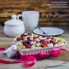 Słodkie, romantyczne śniadanie w walentynkowy poranek, przygotowane ze... starego chleba? Czemu nie! Wypróbujcie ten pudding chlebowy, a przekonacie się, że to możliwe!