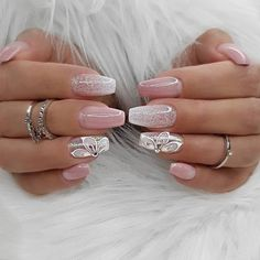 The design of the bridal nails is something every woman likes and admires. Every woman feels a little mature and elegant. When you talk about the bridal nails, the first thing you think about is the white nail design, right? Sexy Nails, 3d Nails, Pink Nails, Cute Nails, Coffin Nails, Bridal Nails Designs, 3d Nail Designs, Perfect Nails, Gorgeous Nails
