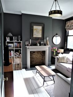 Most Design Ideas 199 Small Living Room Ideas For 2017 Pictures, And Inspiration – Modern House Dark Living Rooms, Living Room Paint, Home And Living, Living Room Decor, Modern Living, Small Living, Dark Grey Dining Room, Dark Grey Rooms, White Painted Floors