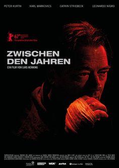 ZWISCHEN DEN JAHREN (D 2017, Lars Henning), gesehen in der #Berlinale Perspektive Deutsches Kino. Durchaus spannender und auch gut gespielter Thriller. Aber irgendwie habe ich bei deutschen Thrillern fast immer das Gefühl, ich säße vor dem Fernsehapparat …