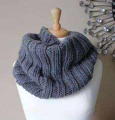 Free Knitting Patterns: Bulky Ribbed Cowl – Leah Michelle Designs – The Best Ideas Crochet Mittens Free Pattern, Knitting Patterns Free, Free Knitting, Knitted Cowl Patterns, Knitting Tutorials, Knit Scarves Patterns Free, Stitch Patterns, Crochet Patterns, Scarf Patterns