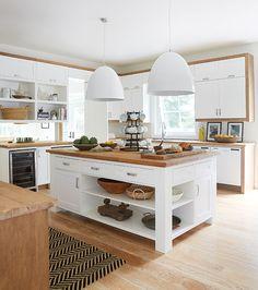 New Kitchen Interior Design White Countertops 51 Ideas Farmhouse Kitchen Island, Rustic Kitchen, New Kitchen, Kitchen Decor, Kitchen Islands, Vintage Kitchen, White Kitchen Cabinets, Kitchen Tiles, Kitchen Flooring