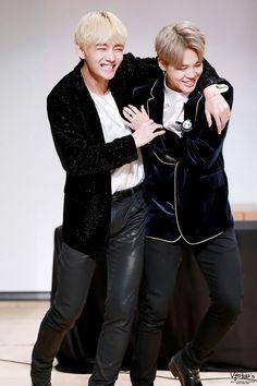V and Jimin! I love Vmin! ❤ BTS at the Gimpo Fansign #BTS #방탄소년단