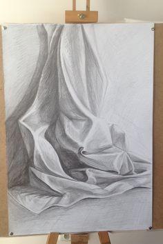 Drapery Drawing, Fabric Drawing, Pencil Art Drawings, Art Drawings Sketches, Monochromatic Drawing, Grafic Art, Illusion Drawings, Shading Drawing, Art Tutor