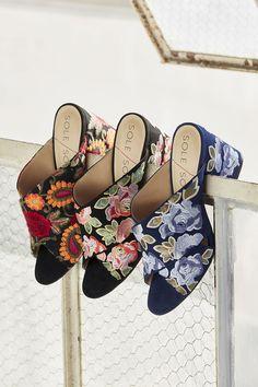 Criss cross mules with floral embroidery Shoes Flats Sandals, Flat Shoes, Women's Shoes, Floral Heels, Buy Shoes Online, Unique Shoes, Girls Shoes, Ladies Shoes, Floral Embroidery