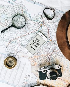 Brand photography inspiration in 2019 travel flatlay, travel maps, travel. Travel Blog, Travel Maps, Travel Set, Adventure Quotes, Adventure Travel, Adventure Awaits, Travel Flatlay, Life Map, Foto Art