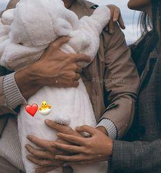 Cute Little Baby, Cute Baby Girl, Little Babies, Baby Love, Cute Babies, Cute Baby Videos, Cute Baby Pictures, Cute Family, Baby Family