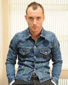 Jude Law Receding Hair Styles, Guy Ritchie, Male Pattern Baldness, Hey Jude, Jude Law, Mens Fall, Hair And Beard Styles, Haircuts For Men, Everyday Look