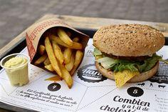 Les frites cuites au four et le burger végétalien d'Hank 55 rue des archives