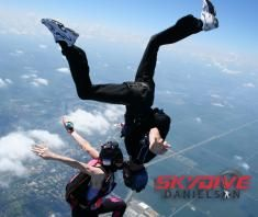 36 Best Skydiving images in 2016 | Skydiving, Base jumping