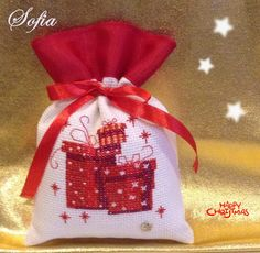 saquinho natalicio, bordado ponto cruz