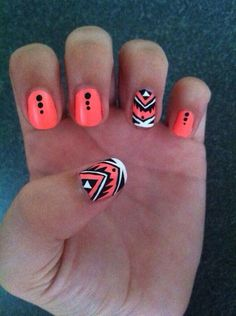 Nails - Orange, Black, White, Tribal