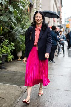 Street style à la Fashion Week printemps-été 2019 de New York 86 ♦๏~✿✿✿~☼๏♥๏花✨✿写☆☀🌸🌿🎄🎄🎄❁~⊱✿ღ~❥༺♡༻🌺SU Dec ♥⛩⚘☮️ ❋ New York Street Style, Daily Street Style, New York Fashion, La Fashion Week, Fashion Spring, Chic Winter Outfits, Chic Outfits, Vogue Paris, New York Winter