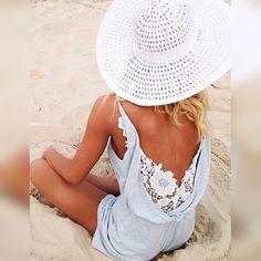 Beach feelings🌊👒✌️