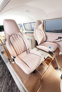 Billy Bob Kustom Built Interior - Airteriors