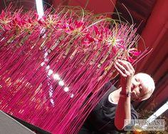 Demo of Niina Minkkinen (Finland) at IPM ESSEN 2013, 22-24.01.2013 | FLOWERCAST.COM | All about flower design, floristics.