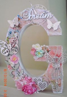 Shabby Altered Letter Gina's Designs Laser Cuts And Kitty's Scrap Post Floral Letters, Letter A Crafts, Letter Art, Monogram Letters, Letters And Numbers, Alphabet Letters, Crafts To Sell, Diy And Crafts, Crafts For Kids