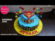 superman birthday cake design ideas decorating tutorial video at home courses classes Friends Birthday Cake, Animal Birthday Cakes, Frozen Birthday Cake, Cute Birthday Cakes, 5th Birthday, Cake Decorating For Beginners, Cake Decorating Designs, Cake Decorating Classes, Easy Cake Decorating