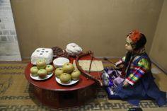 온양민속박물관Onyang Korean Folk Museum 돌상차림 지난 주말 사상체질의학회 이사회를 다녀오며 들긴곳입니다...좋은 내용이 많이 있더군요...한번 방문해보세요^^ 온양민속박물관소개  http://aboutchun.com/718  English HP http://www.iwooridul.com/english 日本語HP http://www.iwooridul.com/japan 中國語 HP http://www.iwooridul.com/chinese  우리들한의원 무료앱 다운법 사상체질진단가능 free app. sasang diagnosis program. http://www.iwooridul.com/app-update