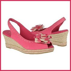 Naturalizer Bibi wedge – Repin for a chance to win a pair!