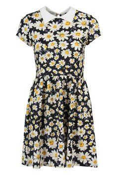 Black Daisy Print Dress With Peter Pan Collar. | Exhibit