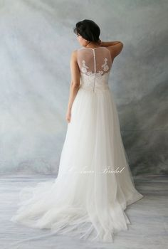 Romantic Boho Lace Wedding Dress Great for Outdoors or by LAmei