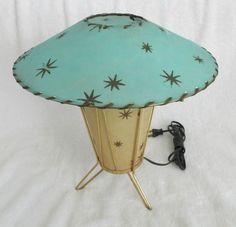 VTG. RETRO ATOMIC 1950's McM FIBERGLASS TABLE LAMP 2 TONE KOOL with STARS