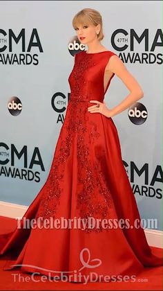 "#TaylorSwift is radiant in red #redcarpetdress as she attends the 2013 CMA Awards held at the Bridgestone Arena . ""Everything Has Changed"" -- in a good way! The ""Red"" singer looked positively radiant in a billowing gown (in the same color as her famous song) . Swift swiped her lips with a bold rouge hue to complete her beautiful look. Taylor Swift Outfits, Taylor Swift Style, Dresses Short, Backless Prom Dresses, Cma Awards, Sweet Dress, Event Dresses, Chic Dress, Red Carpet Dresses"