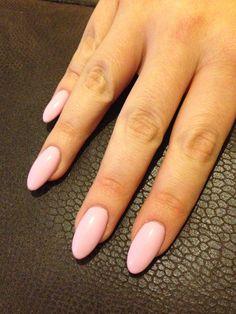 Pink smoothie gellish oval nails