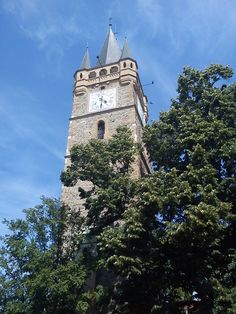Stephen's the Great medieval tower, in the old part of Baia Mare, Maramures, Romania (taken today, with my mobile). Costume Castle, Medieval Tower, Museum Hotel, Mountain Resort, World Heritage Sites, Towers, Monuments, Beautiful World, Barcelona Cathedral