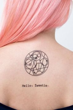 Para te inspirar a se tatuar, ou a assistir de novo.