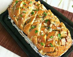 Easy Homesteading: Stuffed Cheesy Onion Garlic Bread Recipe