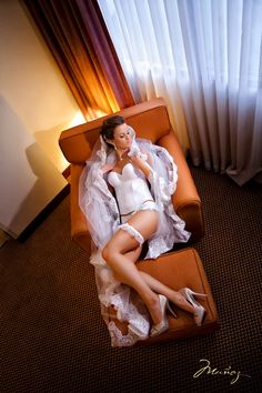 prewedding lingerie shot! the perfect gift for a groom