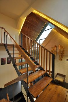 Staircase ideas - design and layout ideas to inspire your own staircase remodel, painted diy, decorating basement remodel pictures - Modern staircase ideas Wooden Staircase Design, Wooden Staircases, Modern Staircase, Staircase Ideas, Law Office Design, Brick Masonry, Staircase Remodel, Front Elevation, Exposed Brick