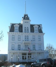 The Goodspeed opera house in CT would make the perfect advent calendar house! I need to get christmas crafting!