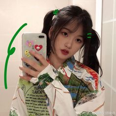 Aesthetic Hair, Retro Aesthetic, Uzzlang Girl, China Girl, Girl Inspiration, Everyday Makeup, Pretty Makeup, Cute Hairstyles, Korean Girl